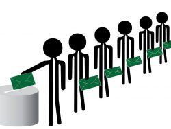 Voters with green envelope ballots