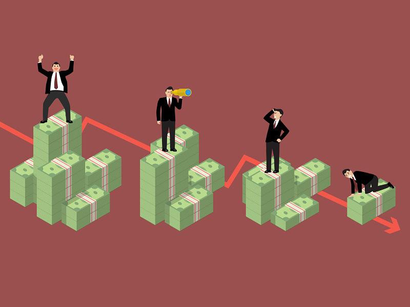 decreasing cash money with businessmen in various activities