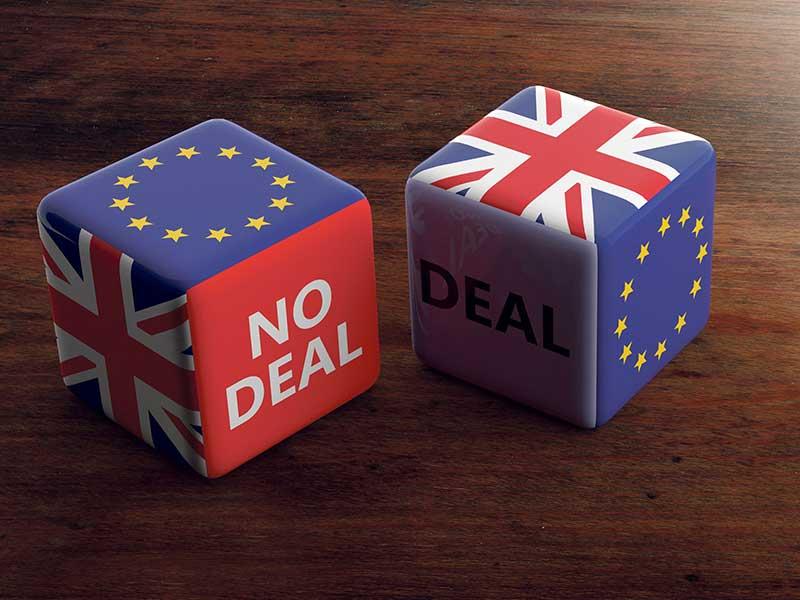 Brexit dice No Deal, Deal